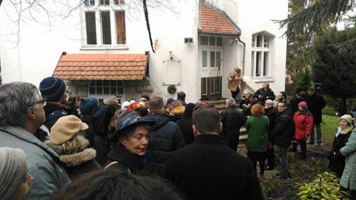 Több százan emlékeztünk Szerb Antalra (+ Fotók, videók)